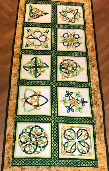 Green-acres-quilts-celtic-gold-table-runner-kit-complete