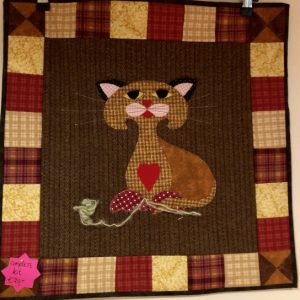 Green-acres-quilts-silvester-the-cat-inflannel-and-cotton-wallhanging-quilt-kit-complete