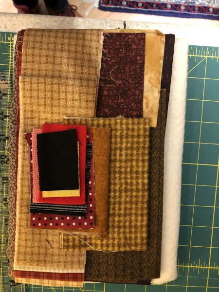 Green-acres-quilts-silvester-the-cat-inflannel-and-cotton-wallhanging-quilt-kit-fabric