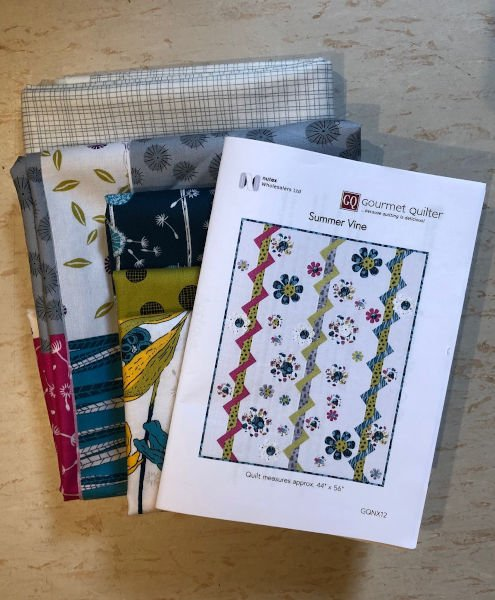 Green-acres-quilts-summer-vine-quilt-kit-fabric