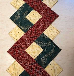 green-acres-quilts-christmas-table-runner-runaway-kit